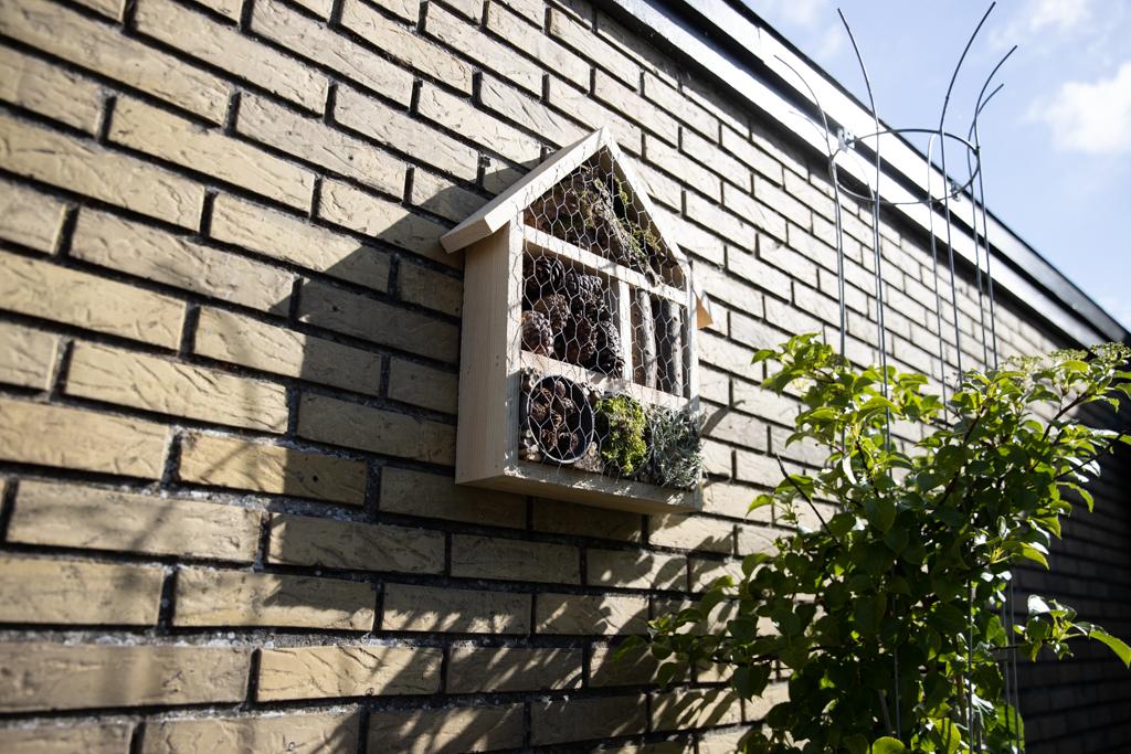 Sommer DIY – lav dit eget insekthotel